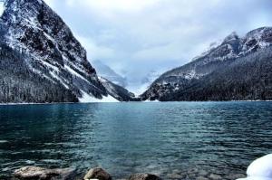 Lake_Louise_Alberta_ric_gibbs_640px